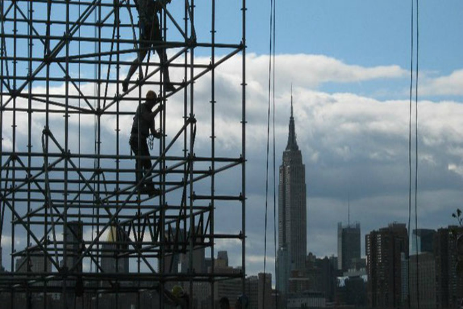 riggers-empire-state-bldg-crop-u8342 1500x1000